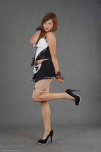 Kira - Cosplay Maid (Zip)d63gnbiogq.jpg