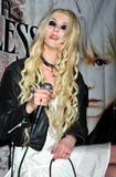 th_68080_celebrity_paradise.com_TheElder_TaylorMomsen25_122_123lo.jpg