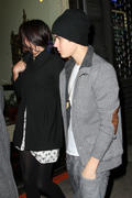 th 20995 Gomez3 123 13lo Selena Gomez   leaving a restaurant in Manhattan 02/12/12 x14Q