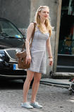 Amanda Seyfried on Letters to Juliet set in Verona(Italy)  25 June 2009     21xHQ