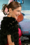 th_60750_Laura_Harring_2008-12-21_-_This_Girl34s_Life_L.A._Premiere_3175_122_415lo.jpg
